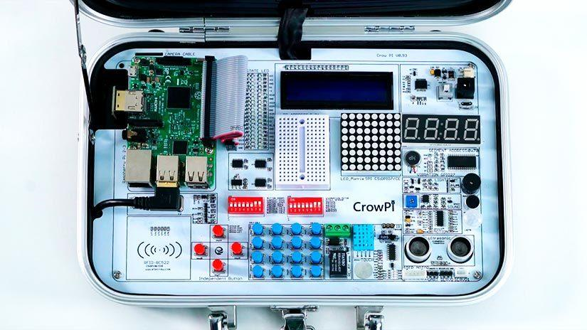 Imágen del interior de un CrowPi