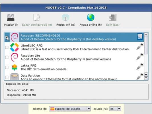 Imagen de NOOBS donde se selecciona el sistema operativo que queremos instalar