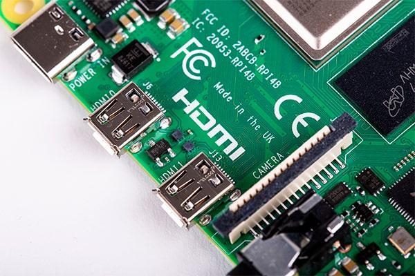 Puertos microHDMI de la Raspberry Pi 4