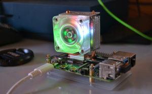 Raspberry Pi 4 con el disipador Blink Blink Ice Tower