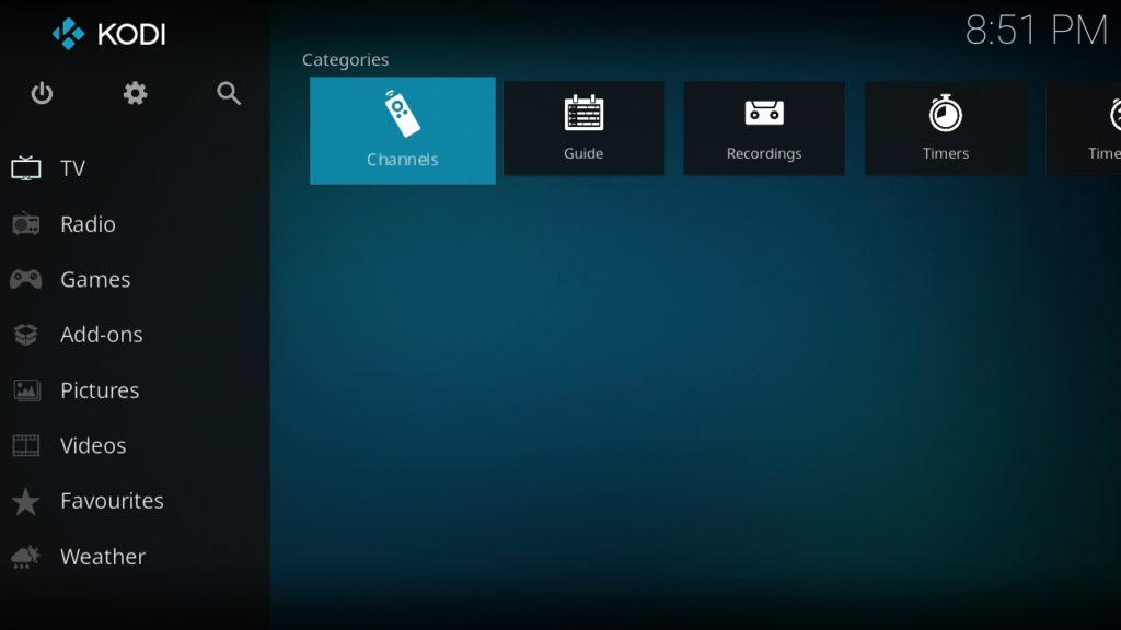 Apartado de televisión de Kodi con una lista IPTV configurada