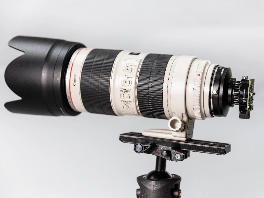High quality camera acoplada a un objetivo Canon