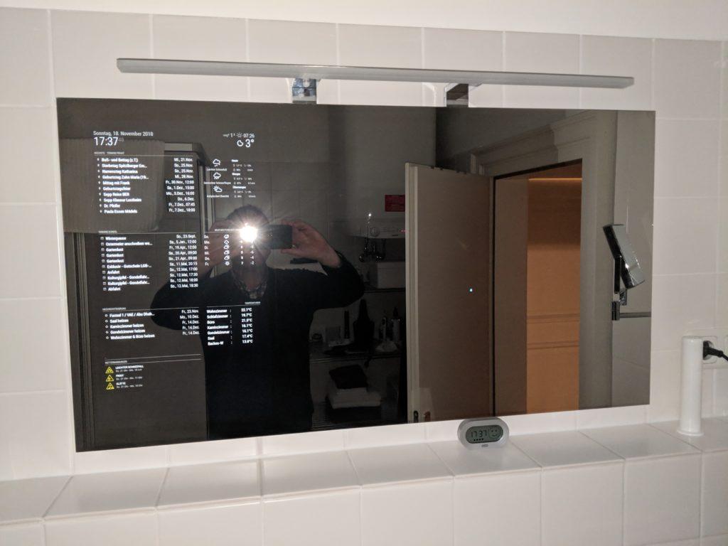 Magic Mirror en un cuarto de baño