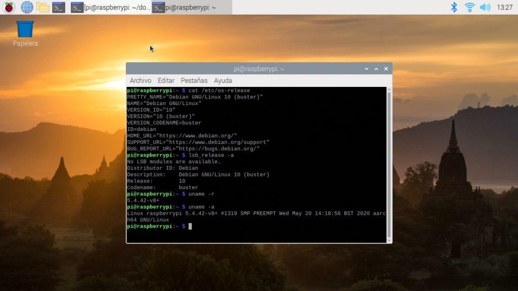 Raspberry Pi OS funcionando en una Raspberry Pi 4 con 2GB de RAM
