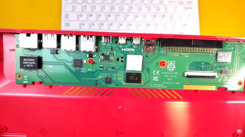 Interior de la Raspberry Pi 400